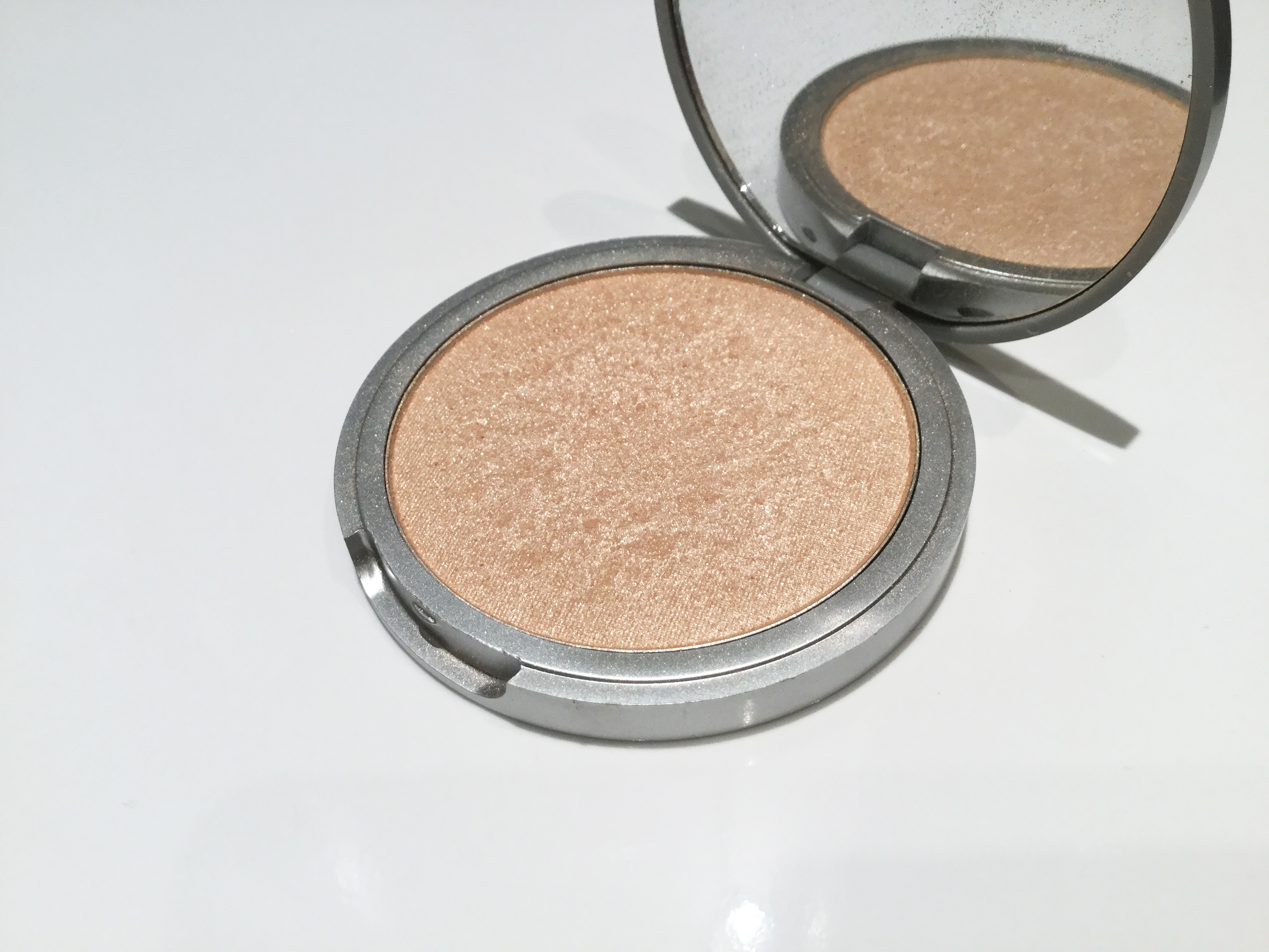 Mary-Lou Manizer de The Balm.