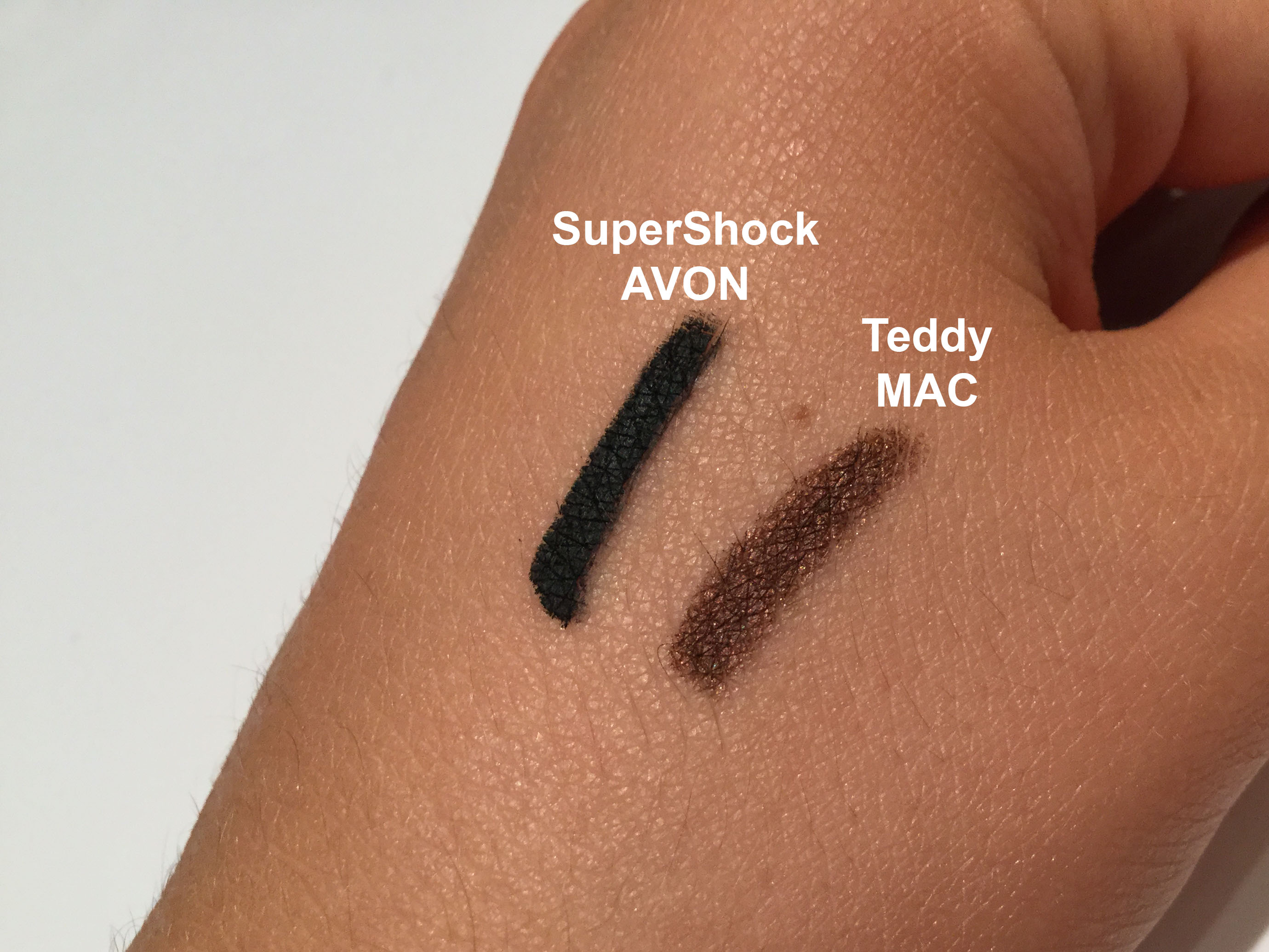 Supershock de Avon y Teddy de MAC.