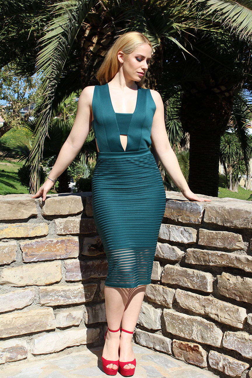 Silvian Heach midi green dress and Mango red heels.